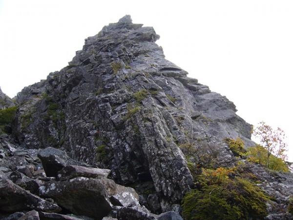 04 旗立岩