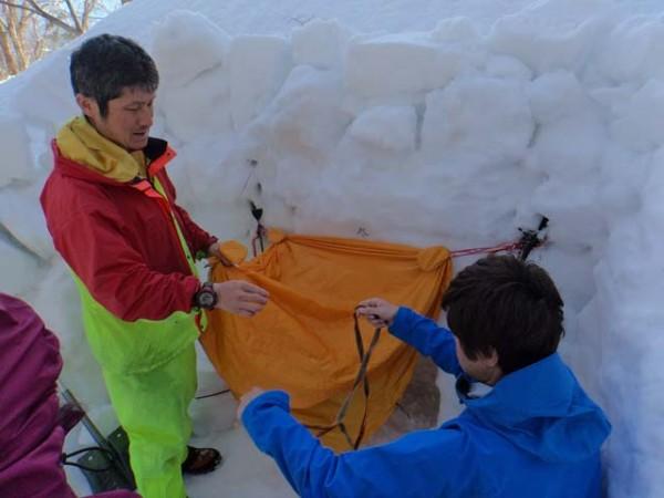 05.雪洞扉設置