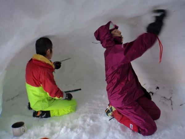 04.雪洞内壁整備