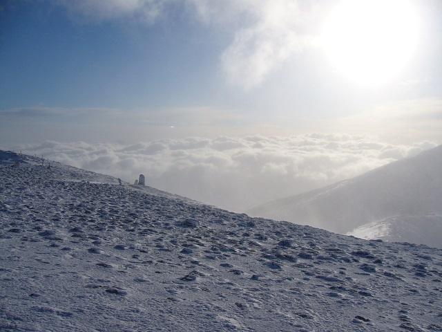 10 雲海 (硫黄岳頂上から)