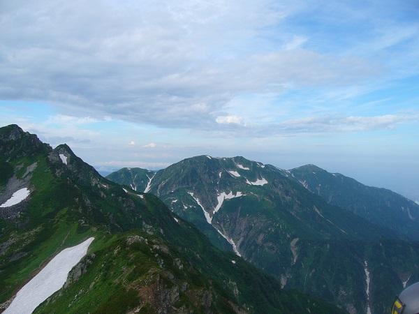 44 奥大日岳(一服剱から)