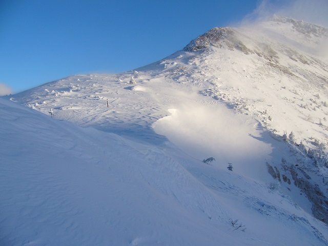 09 硫黄岳稜線の雪庇