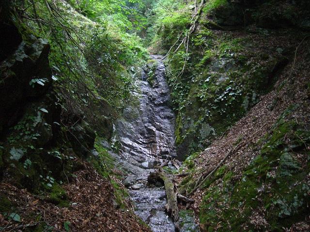 12 F9 10mナメ滝