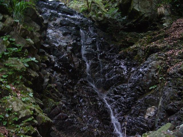 05 F3 8m滝