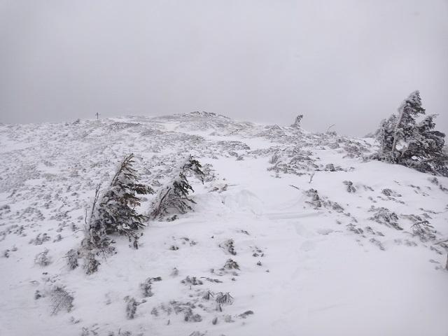 16 ツルネ南峰